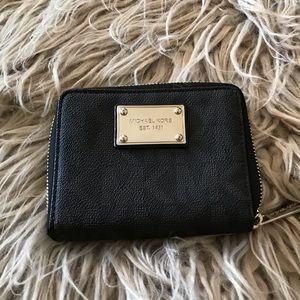 MK Ladies Signature Wallet (Black)